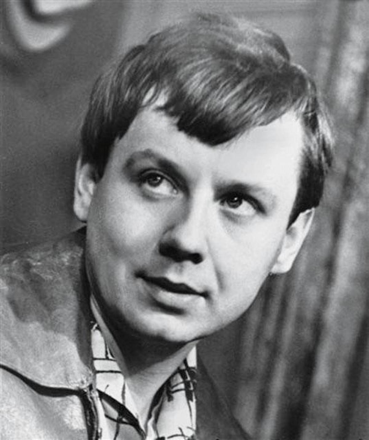 Олег Табаков в молодости
