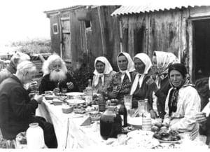 Похоронно-поминальный обряд в селе Новосолдатка Репьевского района Воронежской области