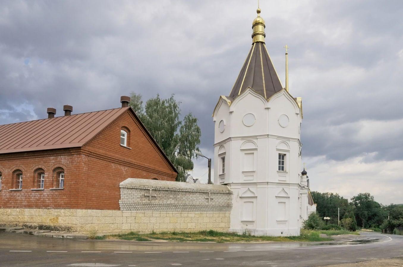 Задонский Троицкий Тихоновский женский монастырь в Липецкой области