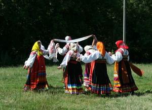 Вождение ширинки в селе Вышние Пены Ракитянского района Белгородской области