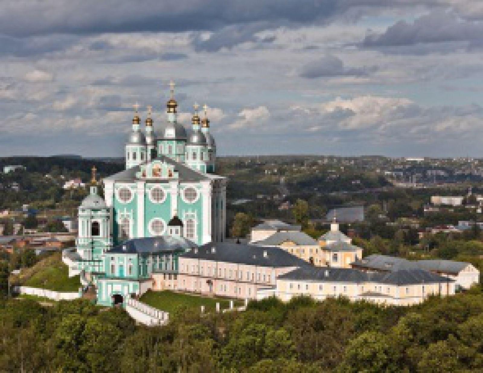 Успенский кафедральный собор в Смоленске