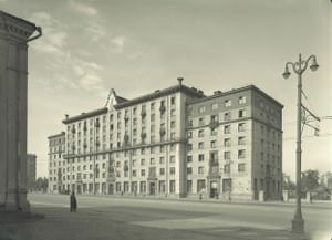 Жилой дом на Большой Калужской улице (Ленинском проспекте, 22)