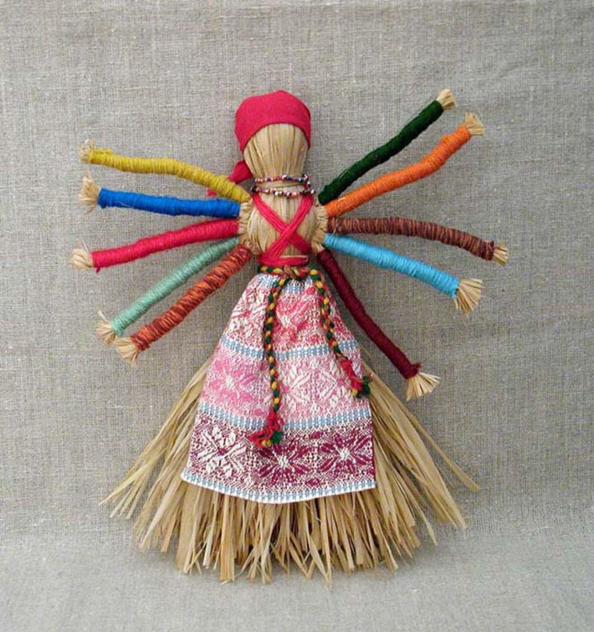 Куклы-обереги из соломы