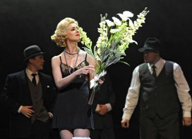 Спектакль «Пули над Бродвеем»