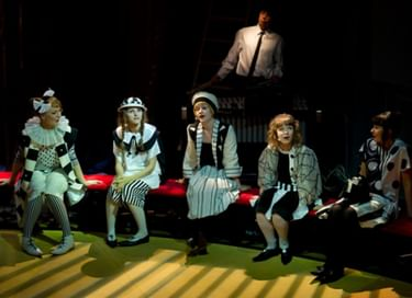 Спектакль «Оркестр одинокого цирка»