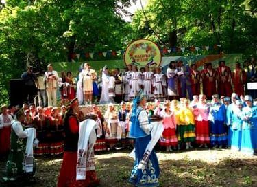 Международный фольклорный праздник «Славяне мы – в единстве наша сила!»