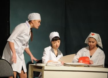 Спектакль «Сёстры»