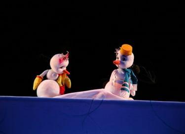 Спектакль «Солнышко и снежные человечки»