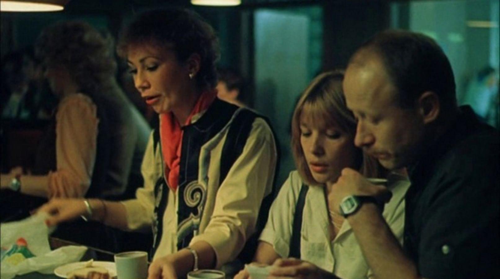Кадры из фильма «Выйти замуж за капитана»