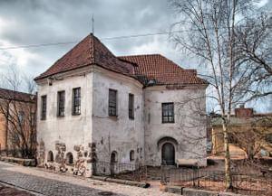 Францисканский монастырь, Римско-Католический храм святого Гиацинта (Рыцарский дом) в Выборге – ныне выставочный зал