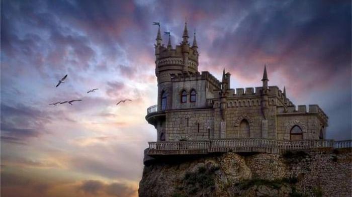 Дворец-замок «Ласточкино гнездо»