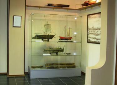 Выставка «Страницы истории судоходства по Оби»