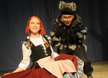 Спектакль «Красная Шапочка, Тамагочи и Волк»