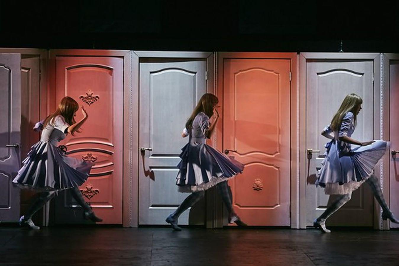 Театр юного зрителя. Спектакль «Алиsа».