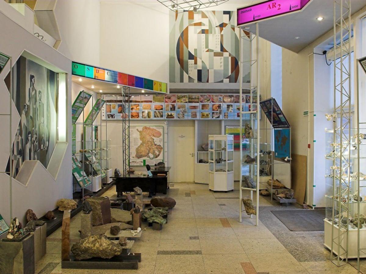 Музей геологии докембрия Института геологии Карельского Научного Центра РАН.