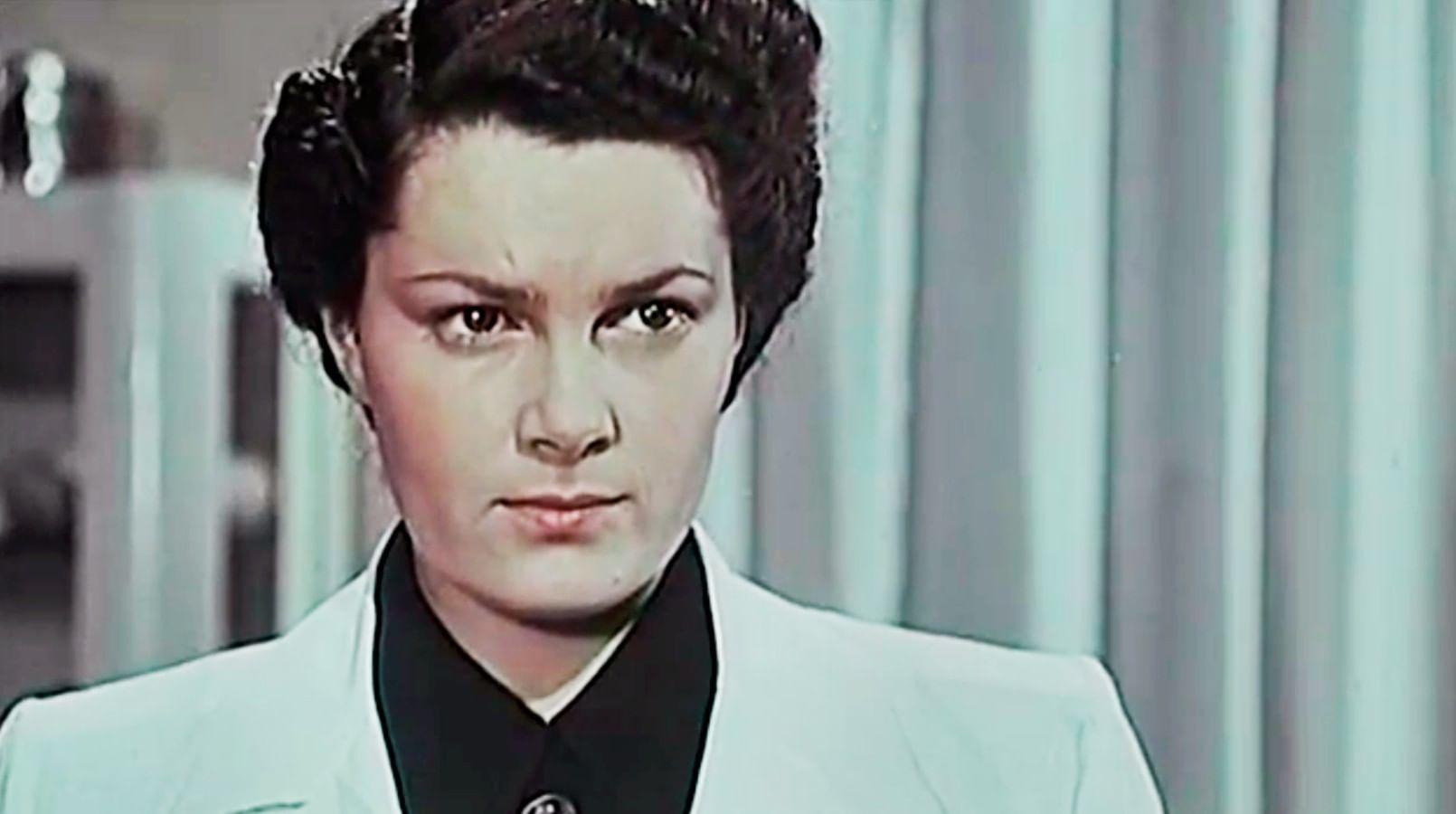 Кадр из фильма «В мирные дни»