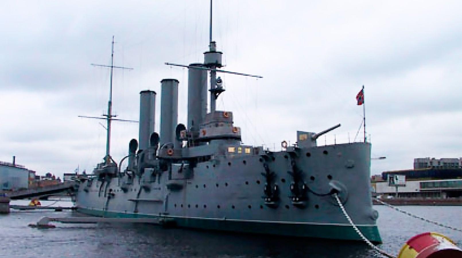 Крейсер «АВРОРА», Линейный корабль «Виктория»