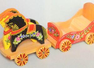 Детская городецкая: история деревянной игрушки
