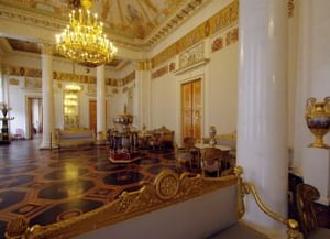 Дворцы-музеи: прежние владельцы