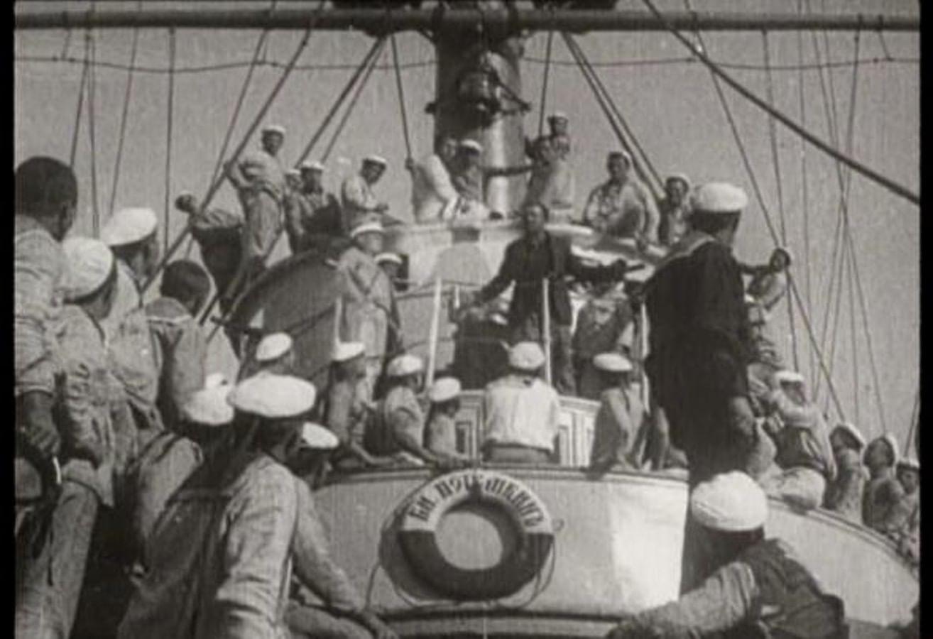 Кадры из фильма «Броненосец «Потемкин»