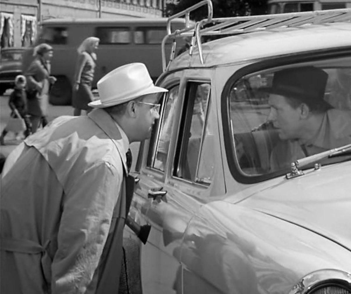 Кадры из фильма «Берегись автомобиля»