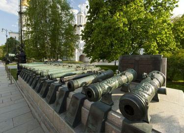 Программа «Искусство литья: кремлевские пушки и колокола»