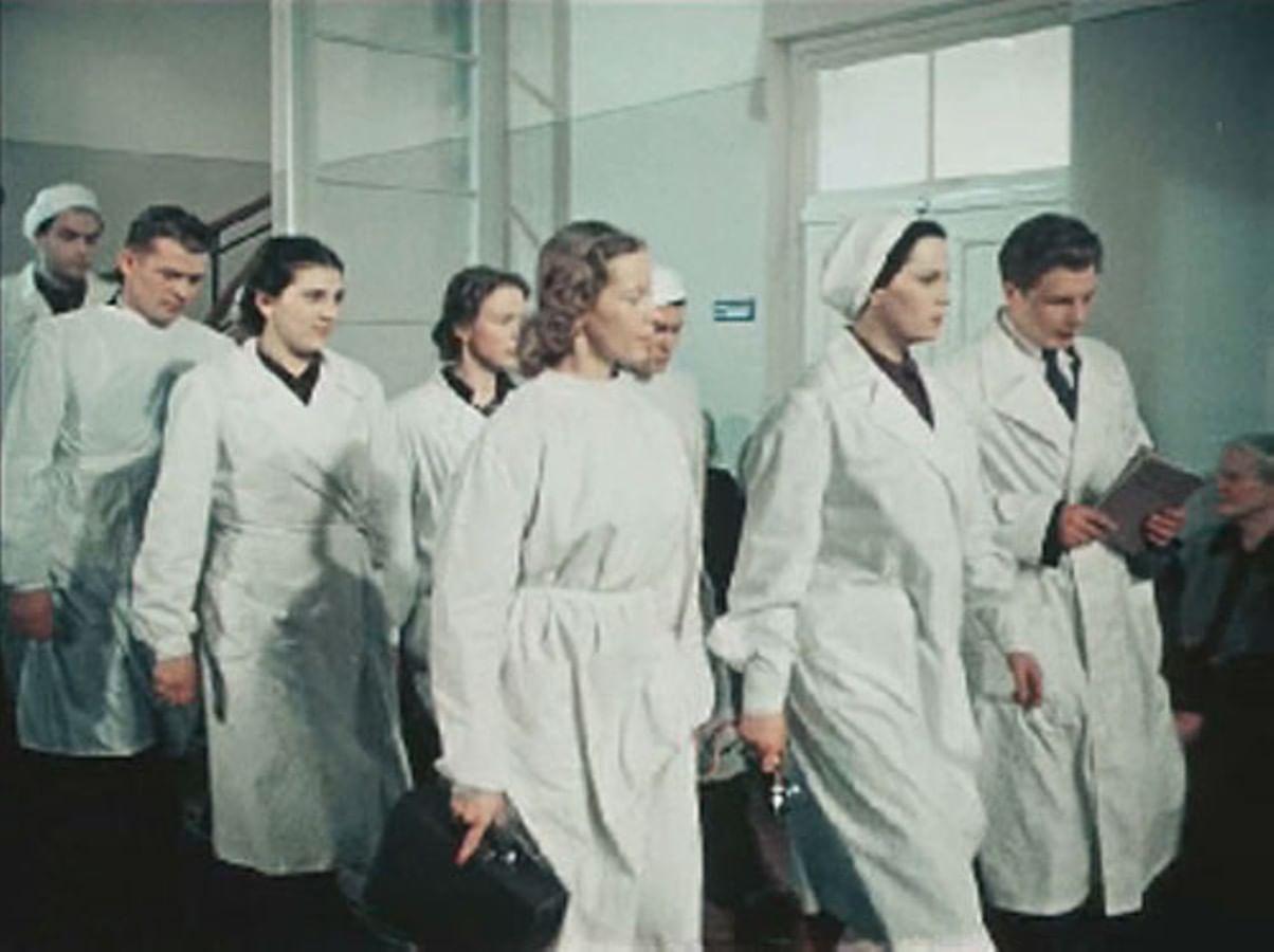 Киногерои в белых халатах. Галерея 4