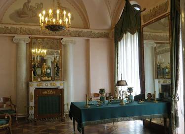 Выставка «Памятные комнаты Александра I»