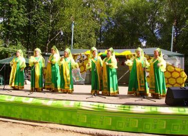 Фестиваль «Сандово-Медовый Спас русской провинции»