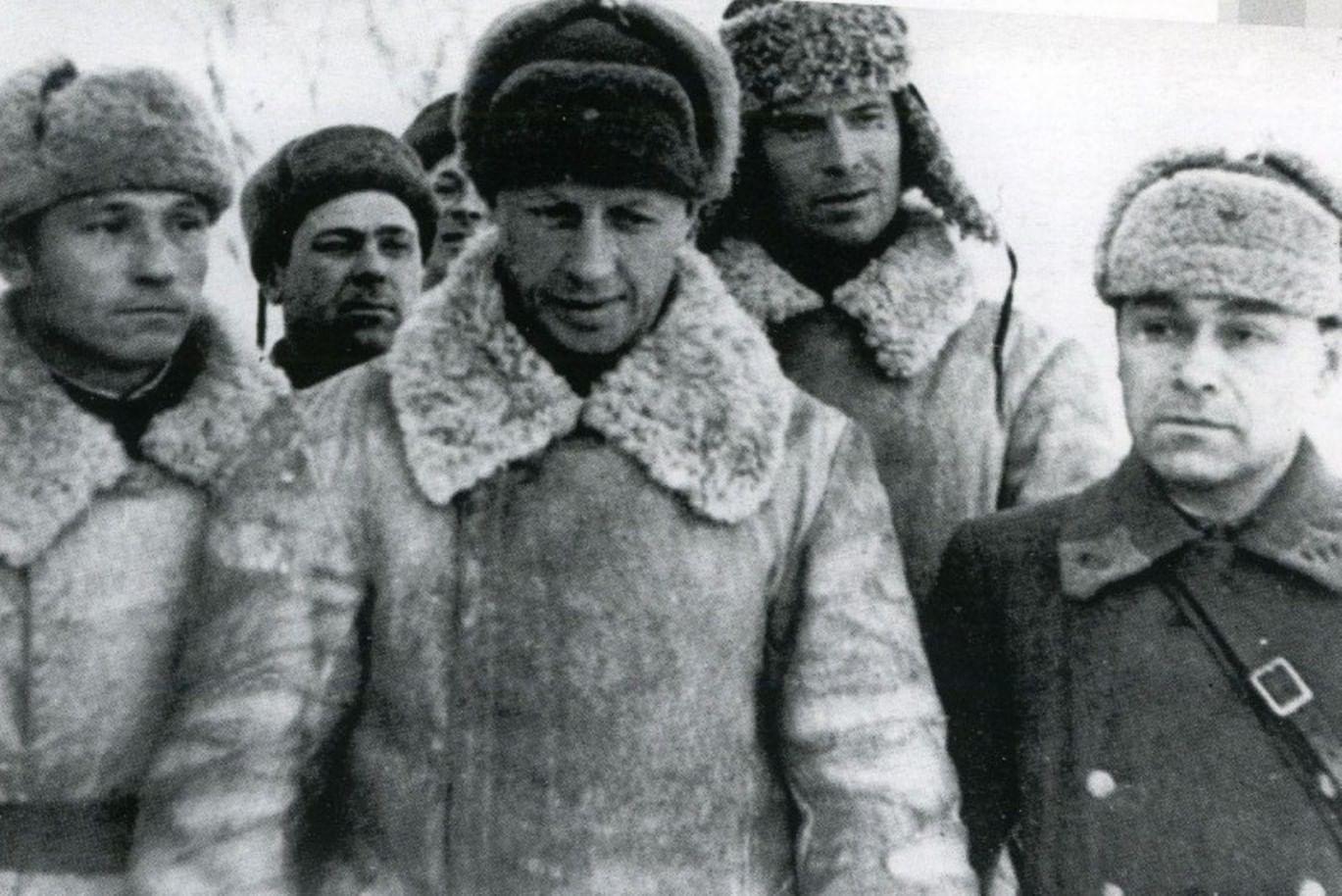 От «бессмертного» сержанта до Патриарха всея Руси: 5 участников Курской битвы. Галерея 2