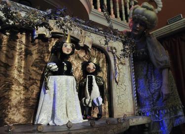 Кукольный спектакль «Шиповничек»