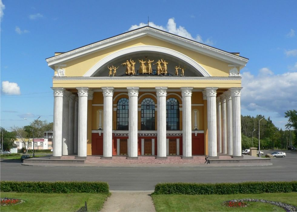 Муз театр петрозаводск афиша куплю билеты в театр новосибирск