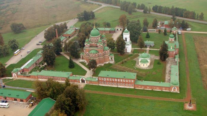 Архитектурный ансамбль Спасо-Бородинского монастыря