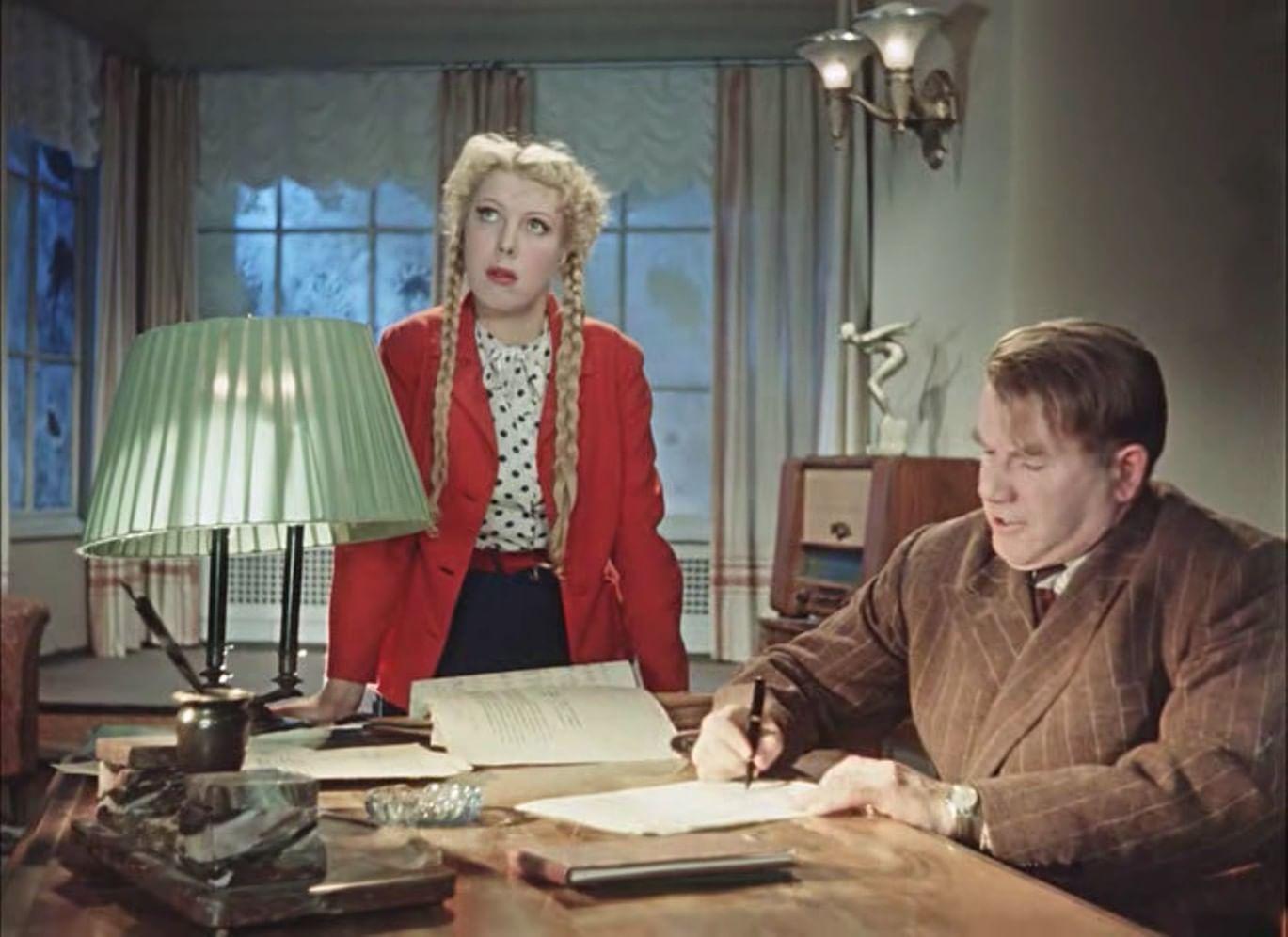 Тамара Носова в роли Тоси Бурыгиной в фильме «Карнавальная ночь» (1956)