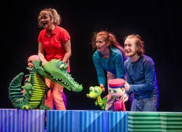 Спектакль «Большое путешествие маленького крокодильчика»