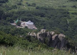 Успенский Второ-Афонский Бештаугорский мужской монастырь в Лермонтове Ставропольского края