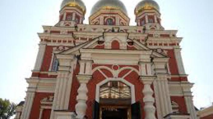 Собор Троицы Живоначальной в Саратове