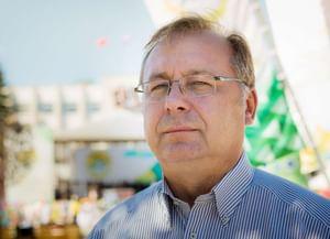 Николай Азаров: «Профессия дирижера— сложная, ноприятная»