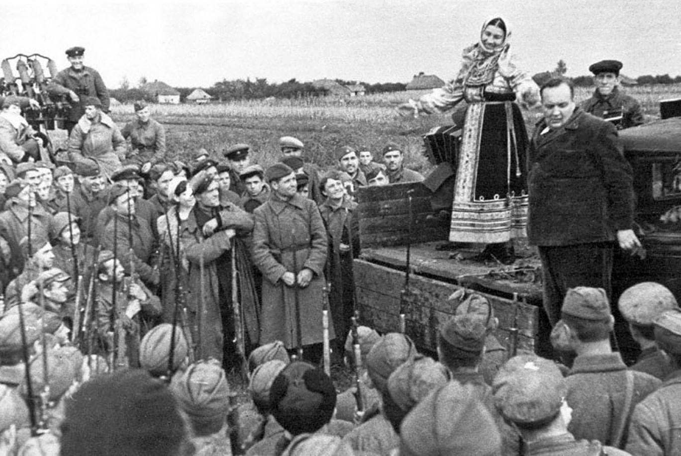 Лидия Русланова. Царица русской народной песни. Галерея 1