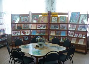 Библиотека поселка Комсомольского