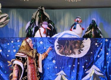 Спектакль «Рождественские приключения снеговиков»
