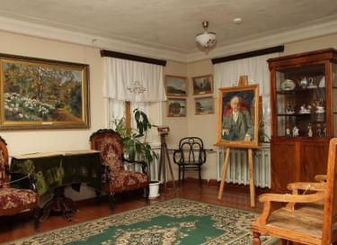 Мемориальная экспозиция музея-усадьбы