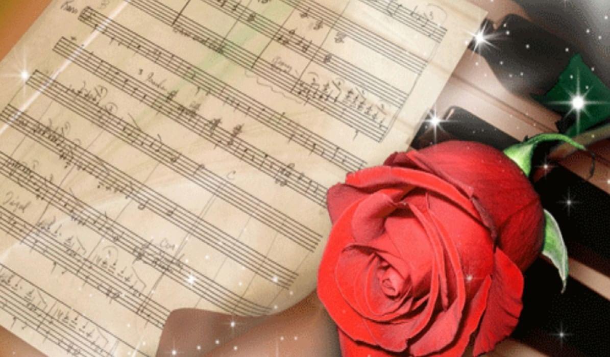 Поздравление с новым годом в стихах учителю музыки