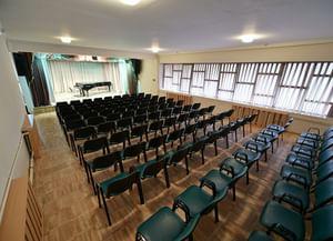 Малый концертный зал Государственной филармонии Республика Адыгея