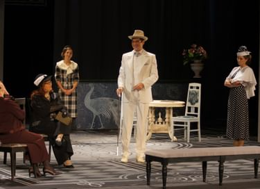 Спектакль «Женское постоянство»