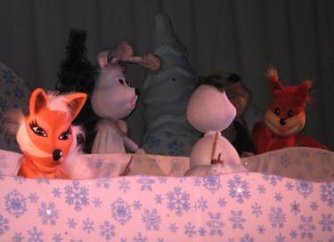 Спектакль «Новогодние снежинки»