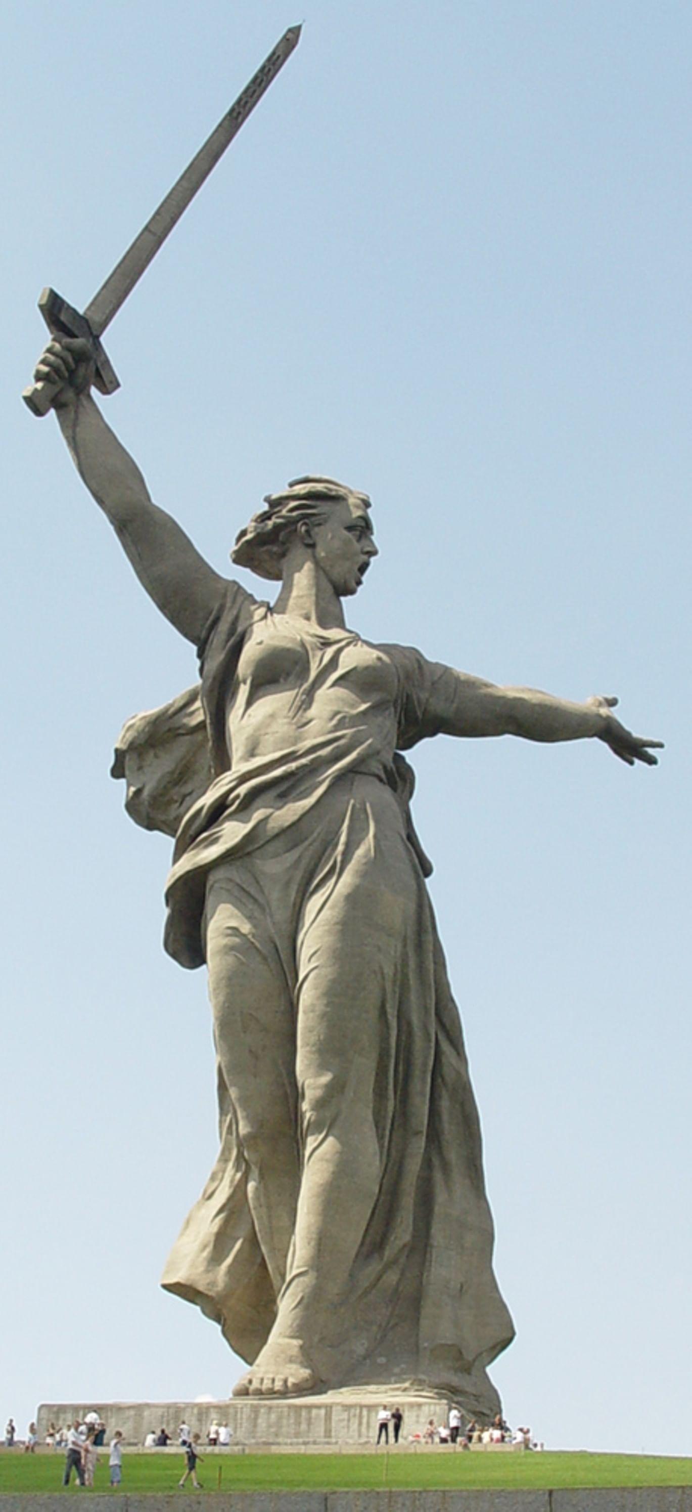 «Родина-мать зовет!» 10 фактов о монументе. Галерея 1