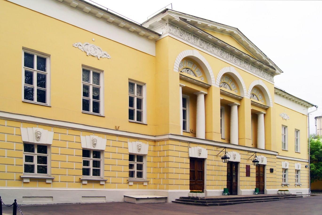 Яблочко от яблоньки: российские архитектурные династии. Галерея 3. Жилярди