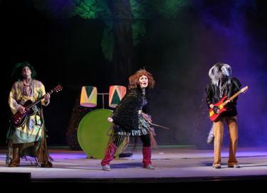 Спектакль «Маша и Витя против «Диких гитар»