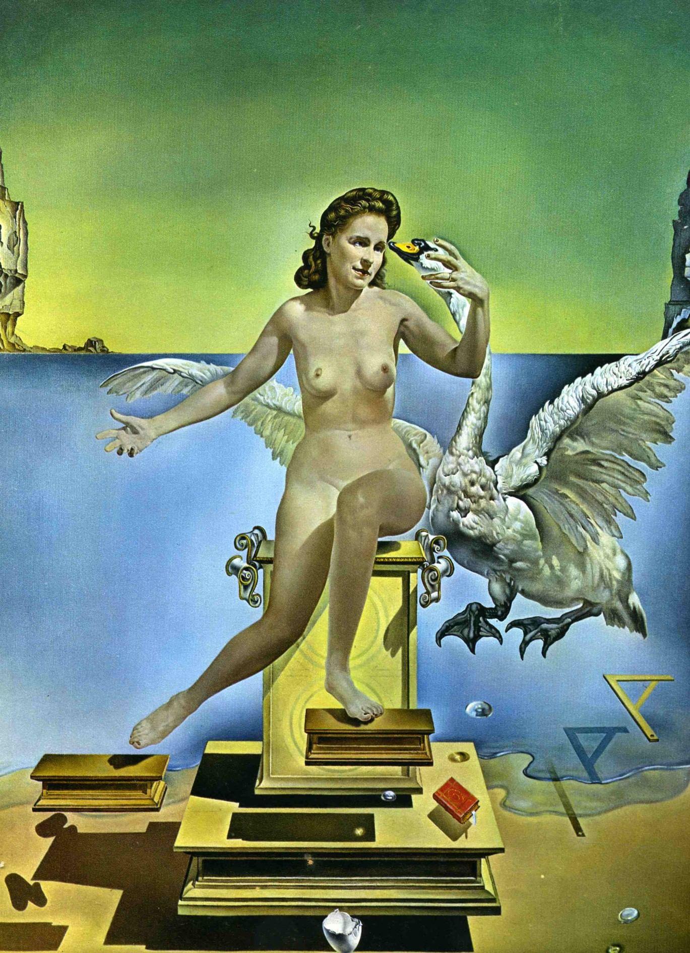 Портрет его жены: русские музы великих европейских художников. Галерея 2. Сальвадор Дали